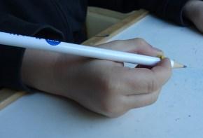 jqr-tenue-du-crayon